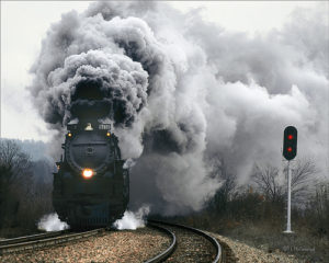 паровоз в дыму