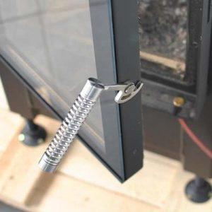 Ручка из нержавеющей стали, сделана так, что практически не греется. Топка Hoxter 37_50