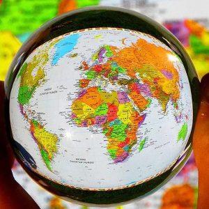 Миром правит слово: фразы разных стран
